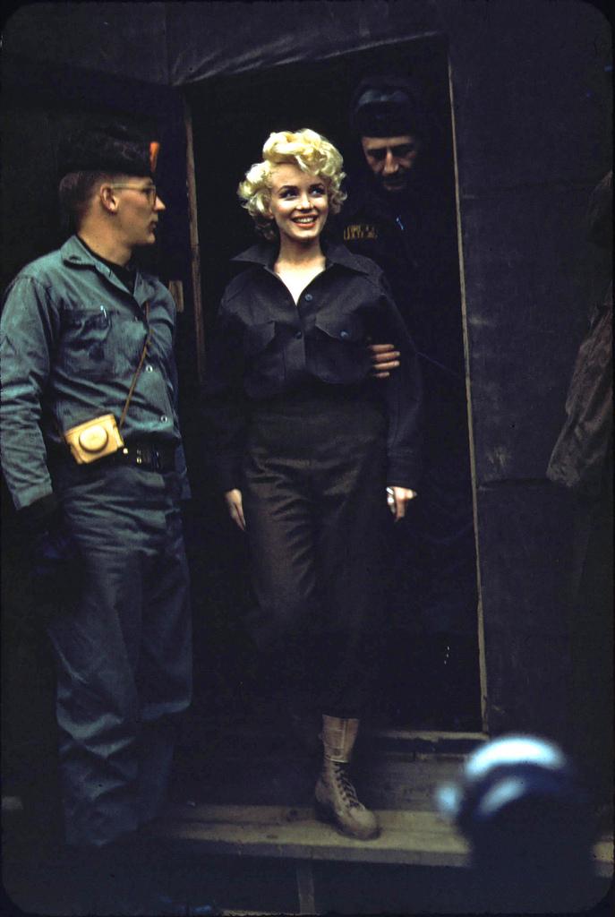 Marilyn-Monroe-Korea51